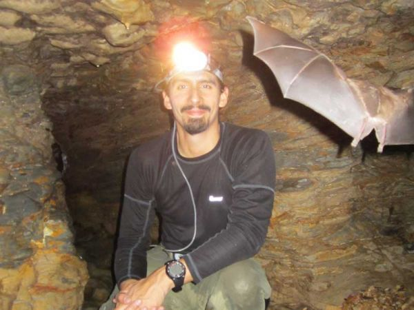 Amazon Tours Caving